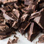 Najłatwiejsza polewa świata, czyli jak roztopić czekoladę w kąpieli wodnej?