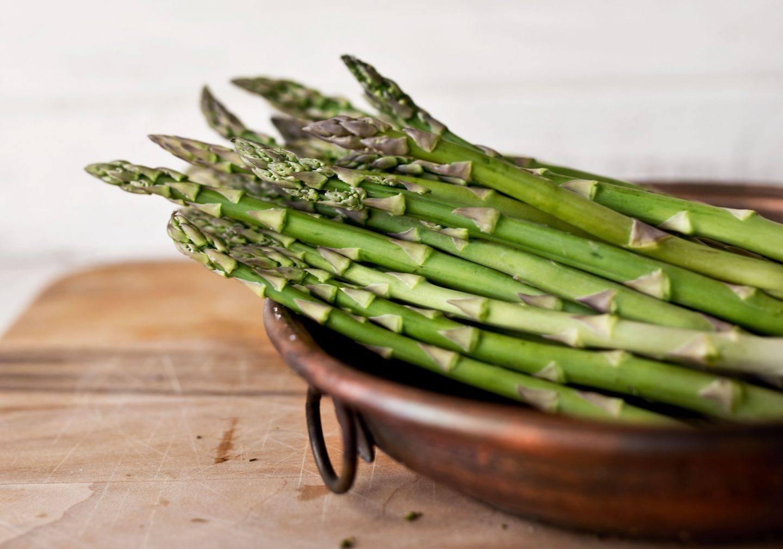 Sezon na szparagi - dlaczego warto je jeść?