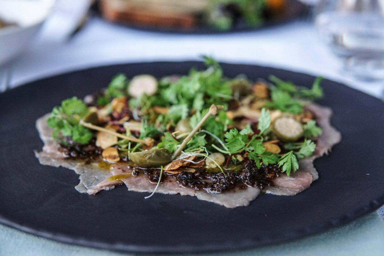 Jak konserwować i dbać o naczynia z kamienia łupkowego SlatePlate?