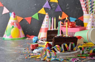 Jak zorganizować imprezę urodzinową