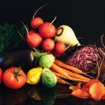 Jak przechowywać owoce i warzywa, aby długo zachowały świeżość?