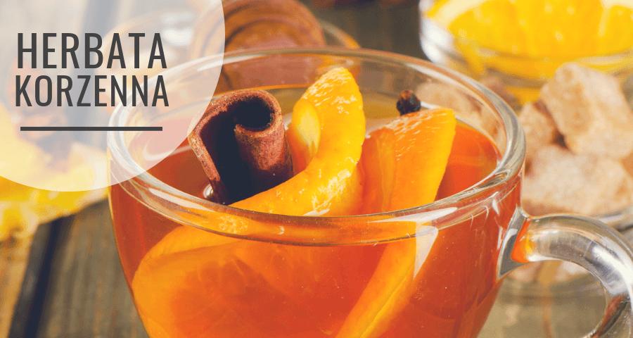 Herbata korzenna z cynamonem, pomarańczą i goździkami - przepis na zimę