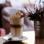15 pomysłów na prezent dla kawosza – akcesoria do parzenia kawy