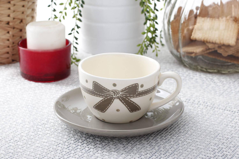 Ceramiczna filiżanka kokarda