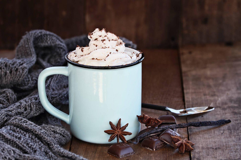 10 najpopularniejszych typów kawy. Poznaj rodzaje kaw w kawiarniach