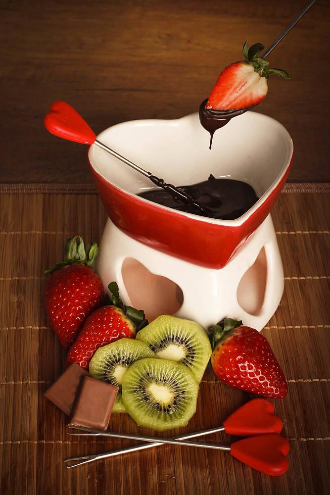 Ceramiczne fondue w kształcie serca