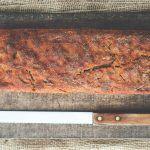 Jak upiec chleb w domu? Wypiek domowego chleba na zakwasie i na drożdżach