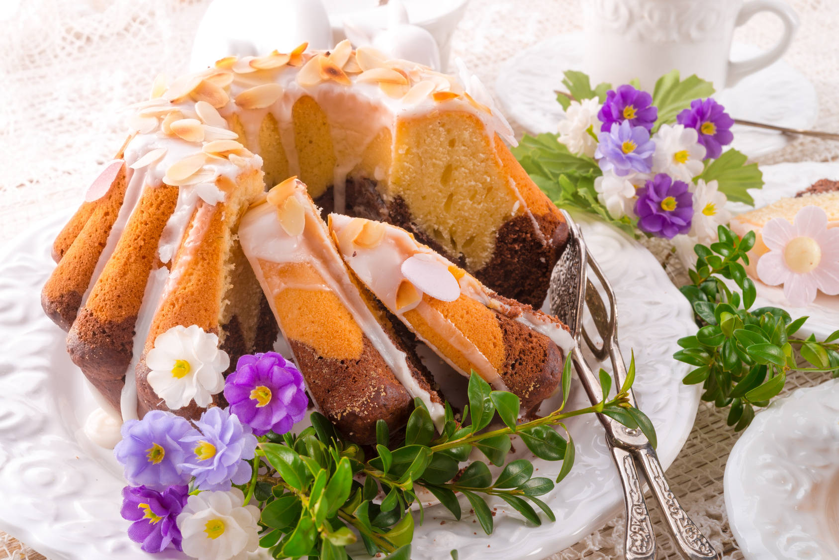 10 Pomyslow Na Wielkanocne Ciasta Babka Mazurek Pascha