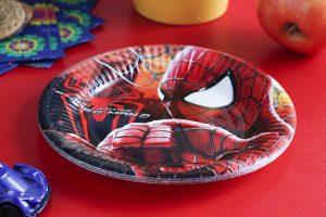 Jednorazowe talerze Spiderman na urodziny dla dziecka