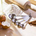 Ile gramów ma łyżeczka cukru, czyli przelicznik miar w kuchni.