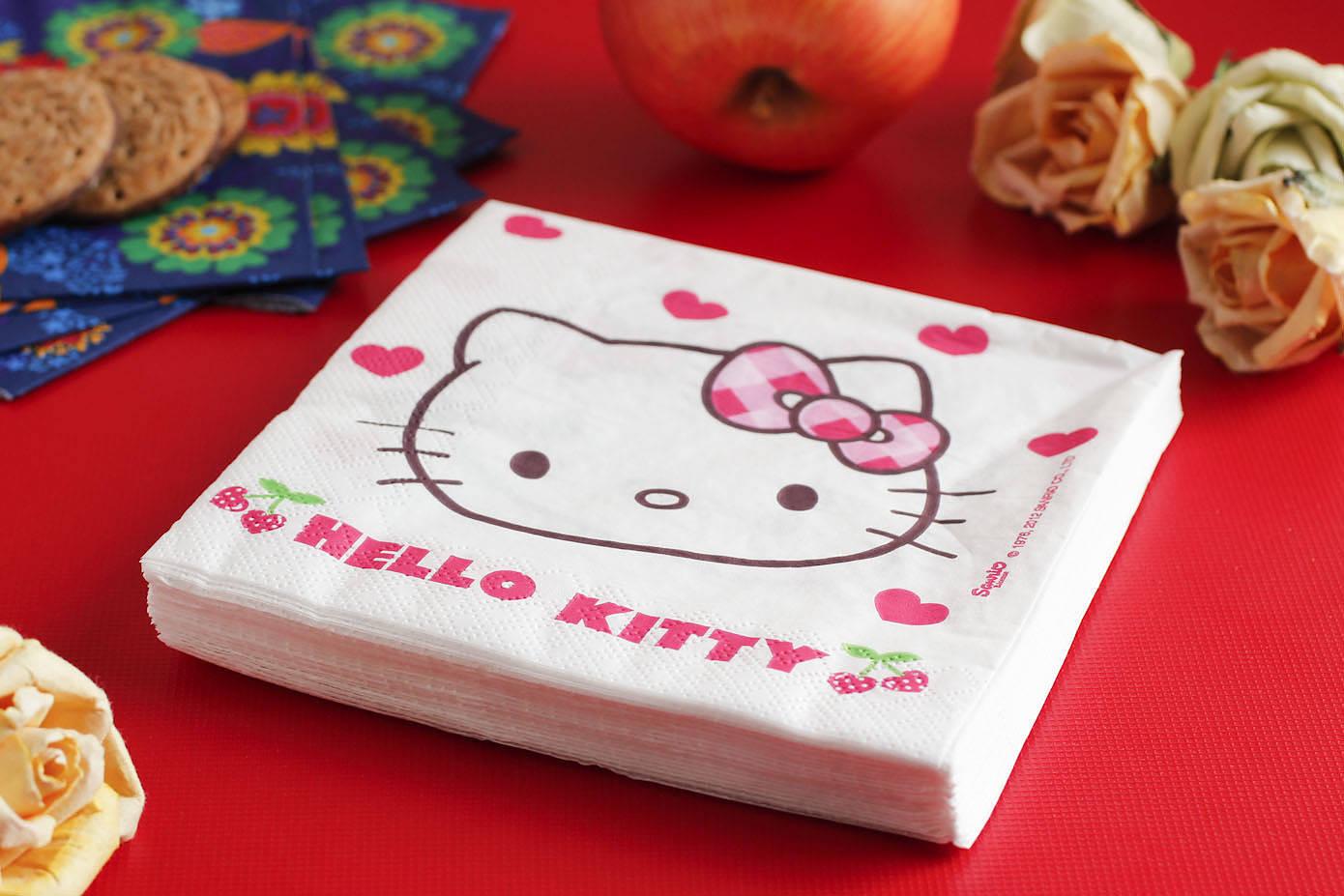 Dekoracyjne serwetki papierowe Hello Kitty