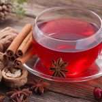Zimowe herbaty rozgrzewające organizm. Przepisy idealne na przeziębienie