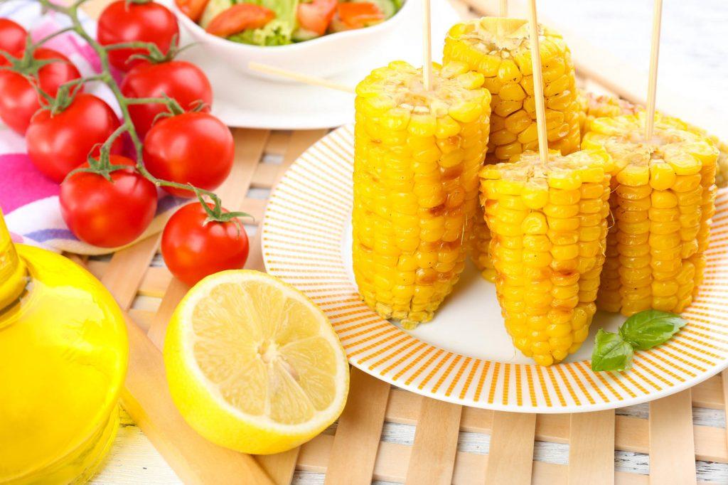 Grillowana kukurydza z masłem