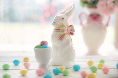 Jak udekorować stół na Wielkanoc