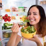 Prawidłowe przechowywanie żywności w lodówce - jak układać jedzenie w lodówce?