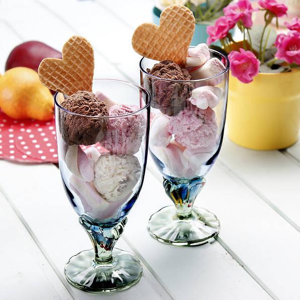 Pucharki do lodów i deserów szklane Bormioli Rocco