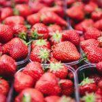 Truskawki – witaminy i wartości odżywcze. Dlaczego warto je jeść?
