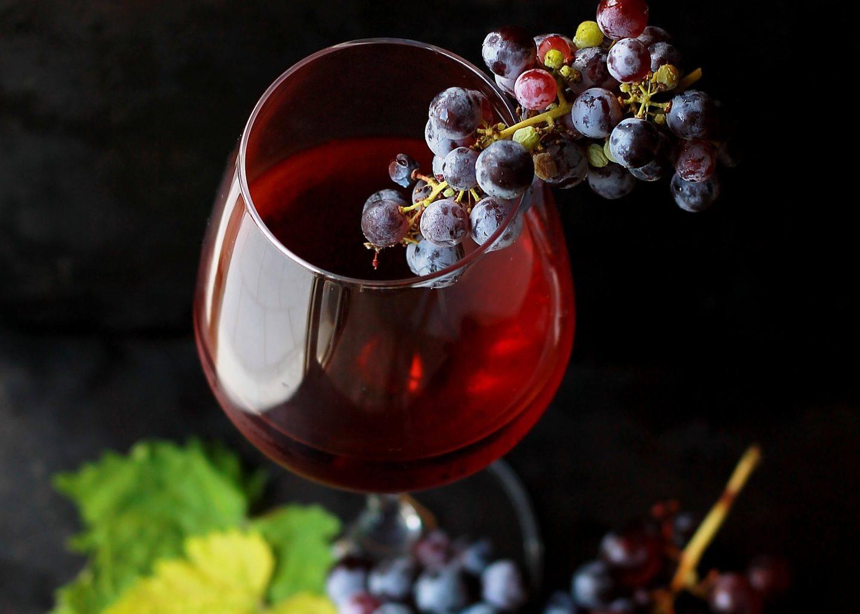 9 powodów, dla których warto pić wino – sprawdzamy czy wino jest zdrowe