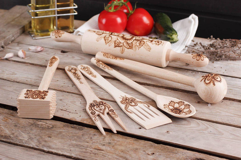 Jak konserwować i dbać o drewniane przybory kuchenne?