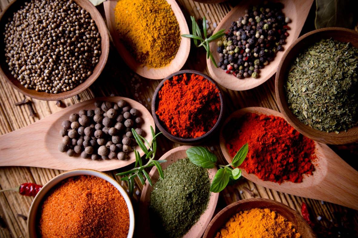 Światowy dzień pikantnych potraw – czy warto jeść ostre jedzenie?