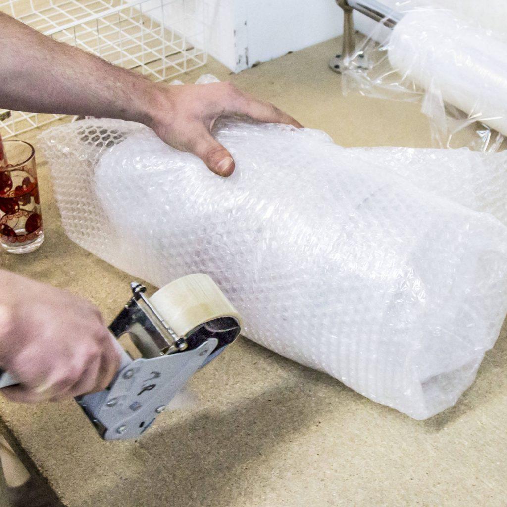 Zabezpieczanie produktów - taśma bezbarwna