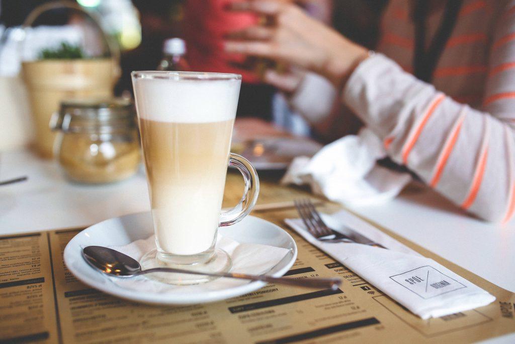 Domowa cafe latte - prosty przepis