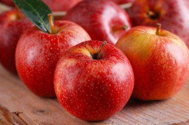 Pieczone jabłka w piekarniku