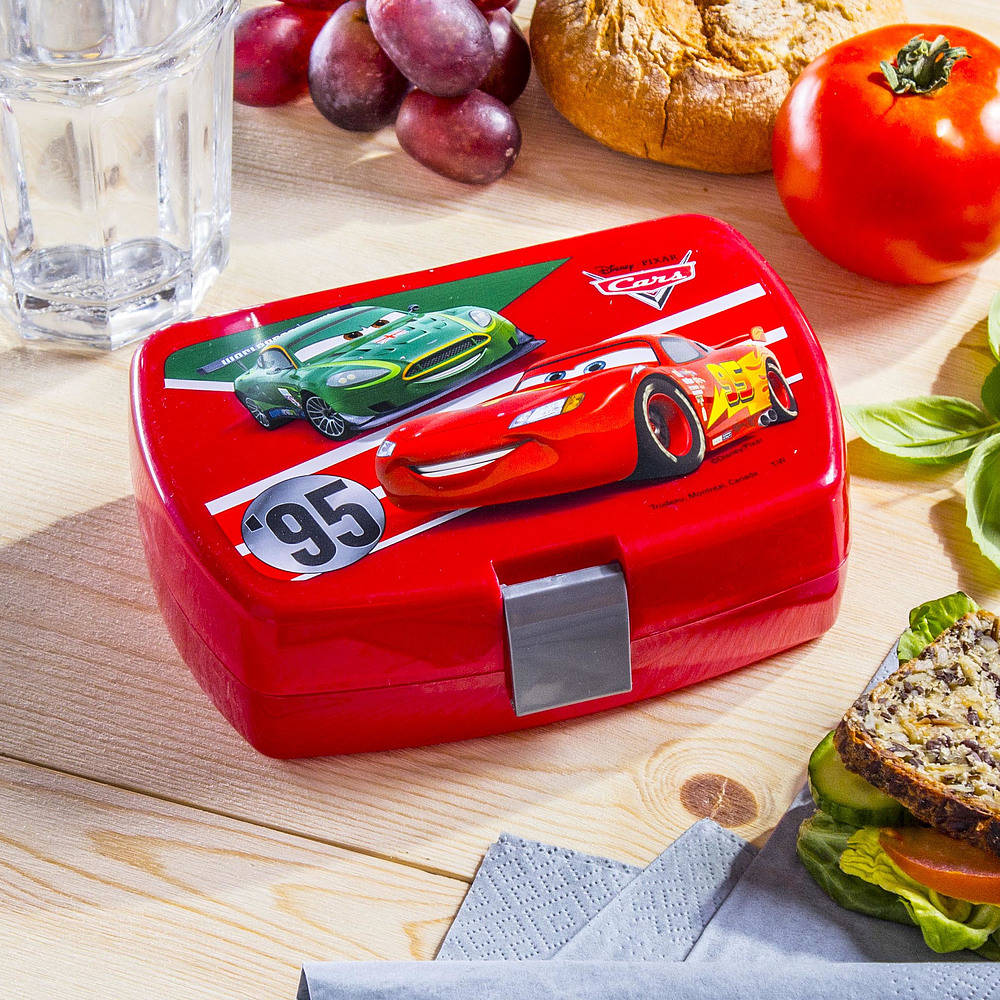 śniadaniówka pojemnik na kanapki plastikowy disney auta zygzak mcqueen