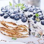 Jak zrobić tort naleśnikowy na słodko i na słono? Smaczne przepisy