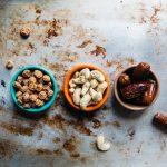 Jak zrobić domowe masło orzechowe? Sprawdzone przepisy na masło z orzechów