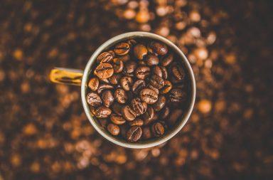 Jak przechowywać kawę w ziarnach i mieloną?