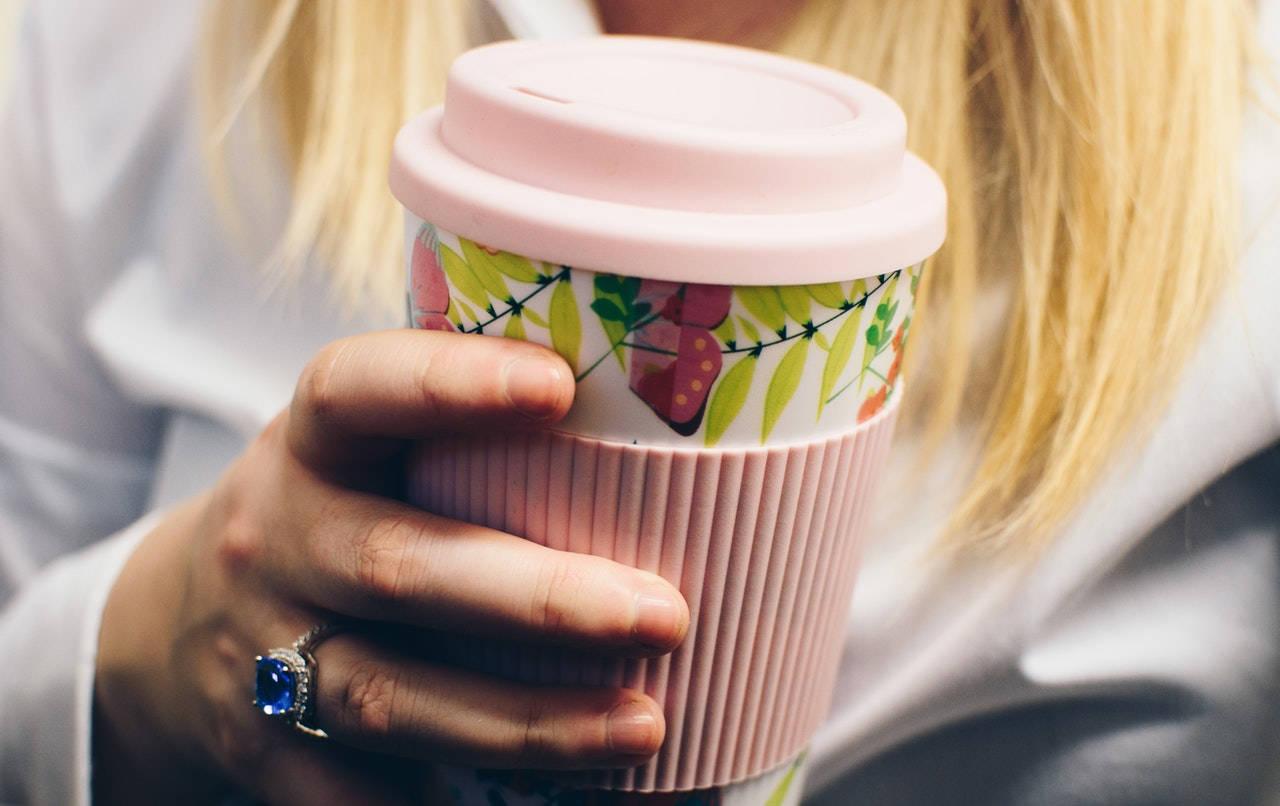 Dobry kubek termiczny do kawy i herbaty – jaki wybrać?
