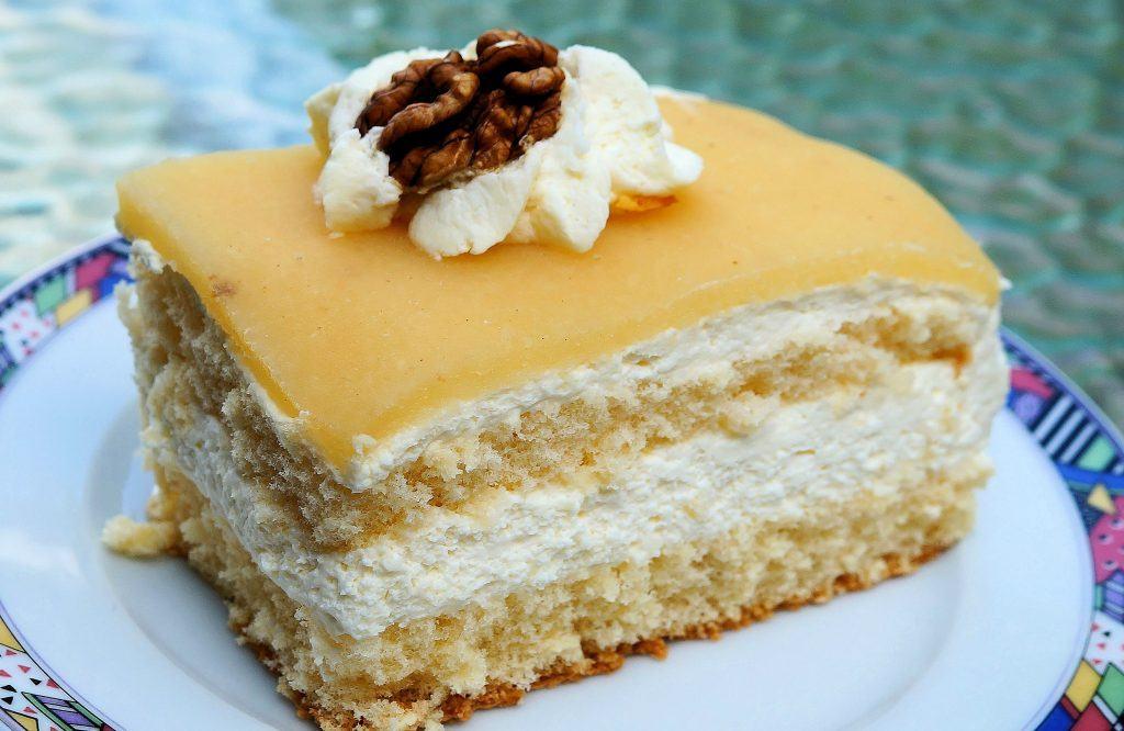 Masa marcepanowa przepis na tort