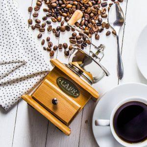 Młynek do kawy ręczny Goesting