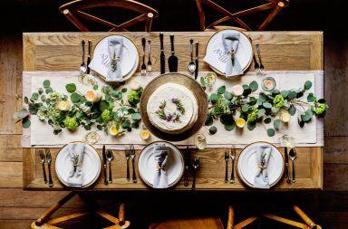 Dobre maniery przy stole wigilijnym