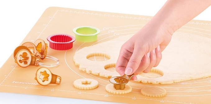 Foremki do wycinania ciastek linckich Tescoma Delicia