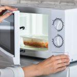 Jakie pojemniki do gotowania jedzenia w mikrofali? Przegląd najciekawszych