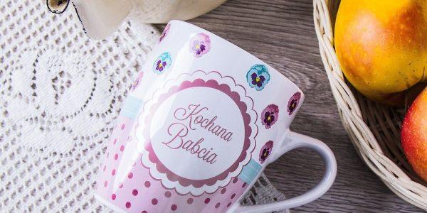 kubek-ceramiczny-barylka-kochana-babcia-bialy-300-ml_2