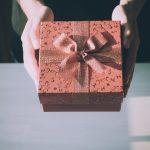 15 pomysłów na mały prezent na Dzień Babci i Dziadka - do 40 zł