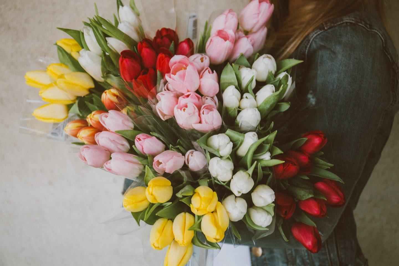 a239039dea200f 20 pomysłów na prezent na Dzień Kobiet – Co kupić kobiecie na 8 marca?