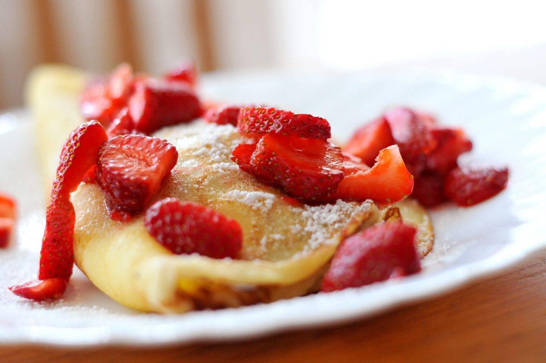 5 przepisów na obiad z truskawkami - co można zrobić z truskawek?
