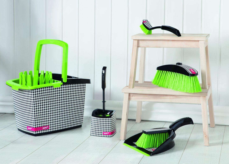 Zestaw do sprzątania na błysk! Jakie akcesoria do sprzątania warto mieć?