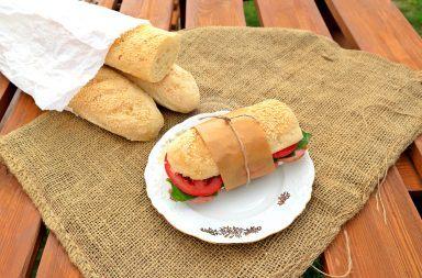 Przepis na domowe bagietki francuskie z piekarnika