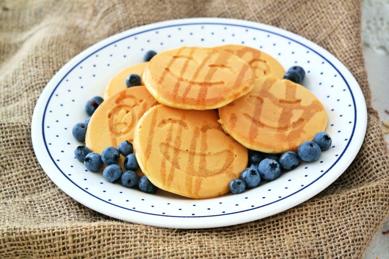 Placuszki śniadaniowe na słodko - prosty przepis