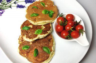 Placki-sniadaniowe-z-serem-i-szynka