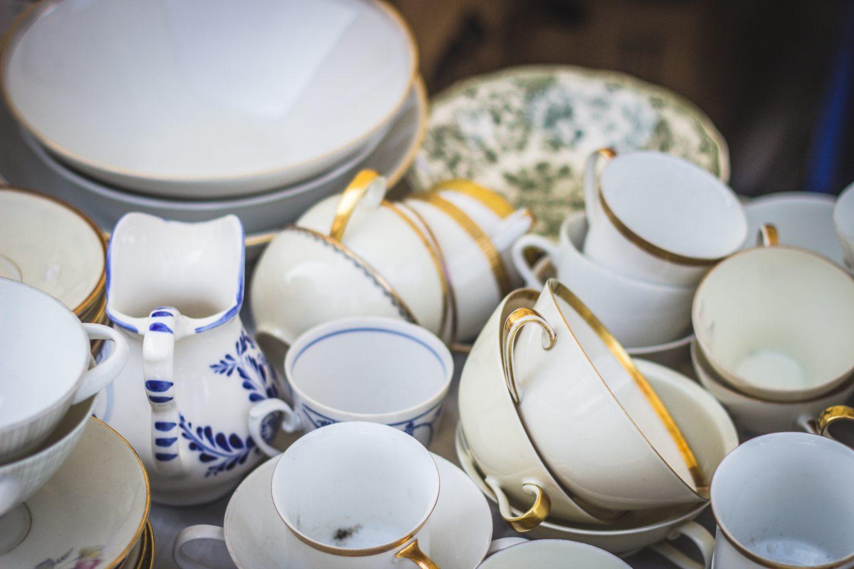 Mycie i czyszczenie porcelany - ręcznie czy do zmywarki?