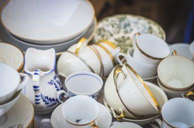 Jak czyścić porcelanę?