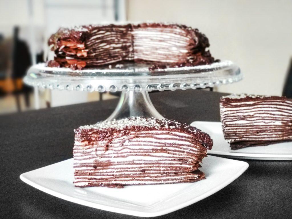 Przepis na tort naleśnikowy czekoladowy
