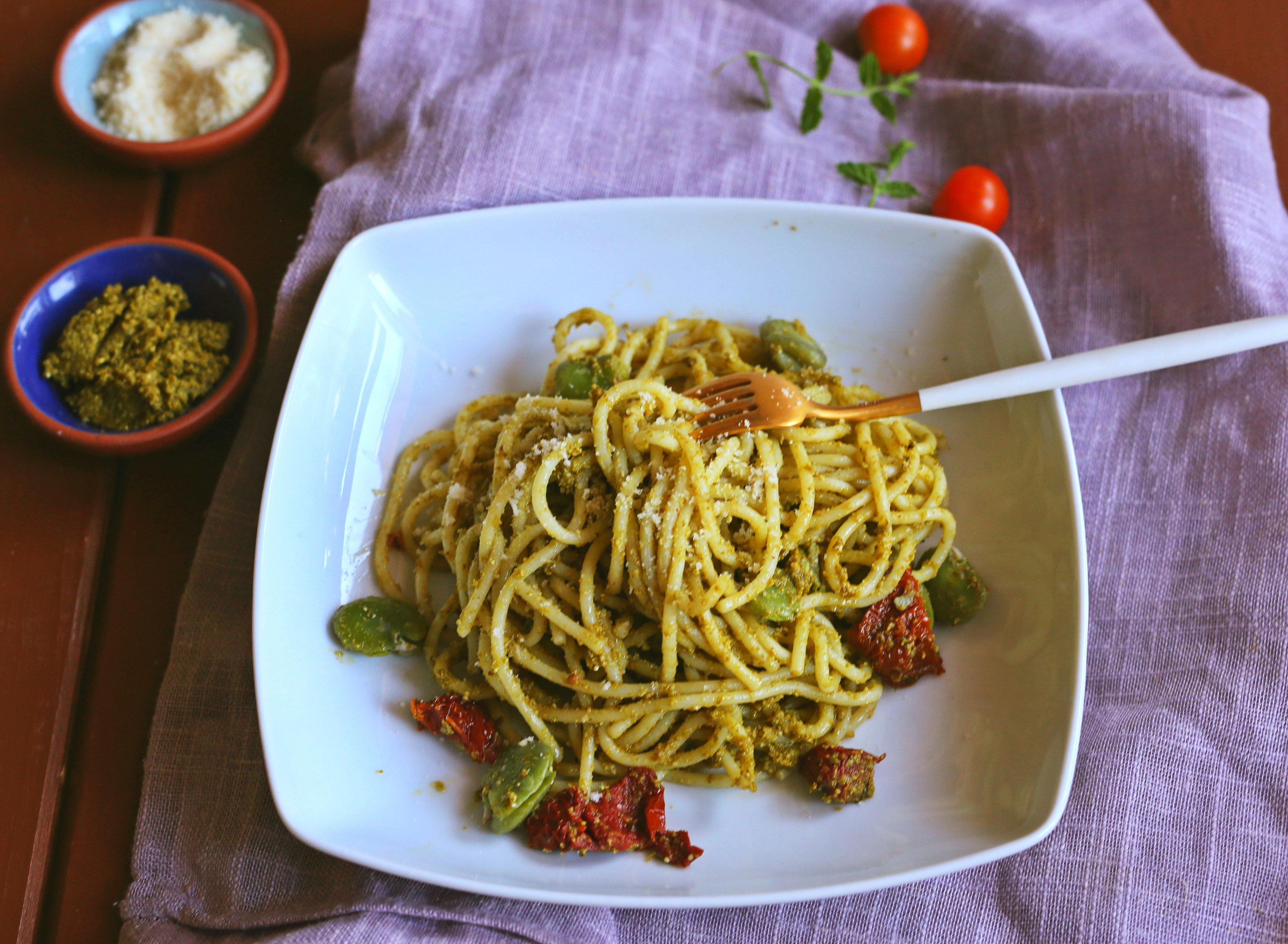 Spaghetti z pesto zielonym