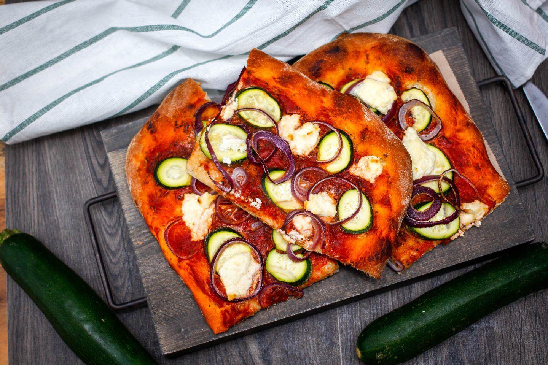 Pizza - podstawowy przepis na ciasto na pizzę